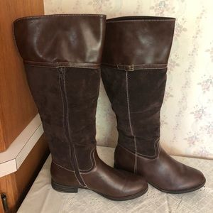 Brown Boots 9.5M Excellent Condition w/box